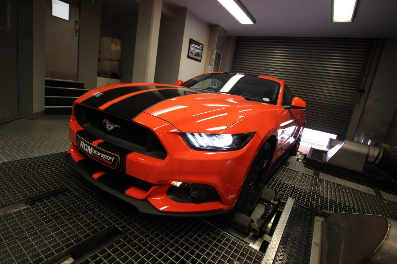Ford Mustang 5 0l V8